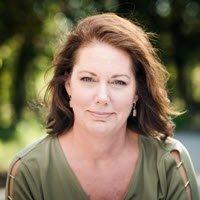 Lorraine Mahoney Headshot